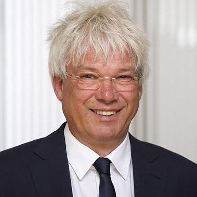 <b>Bernhard Stiegelmayr</b>